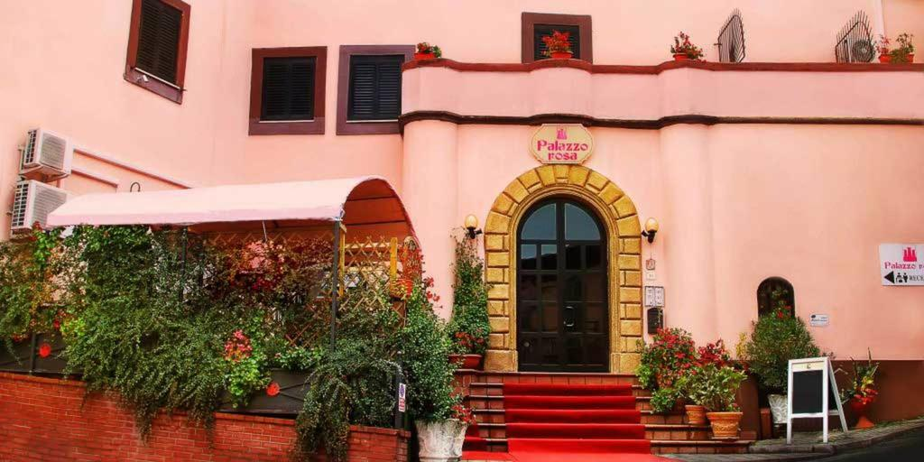 Vendesi Albergo Bar Ristorante a Frosinone